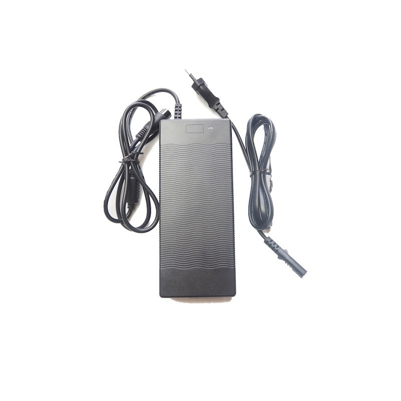 Chargeur batterie lithium 48V 2A